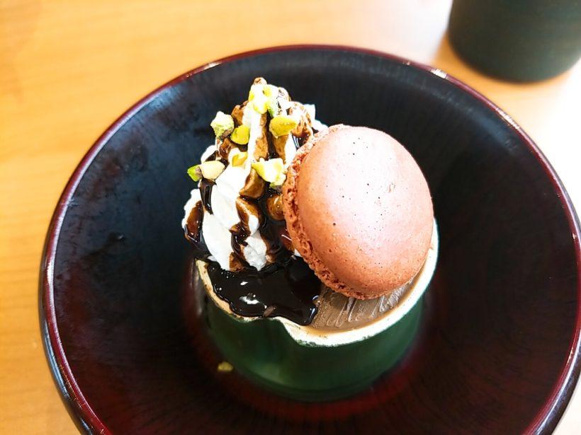 くら寿司チョコマカロンパフェ