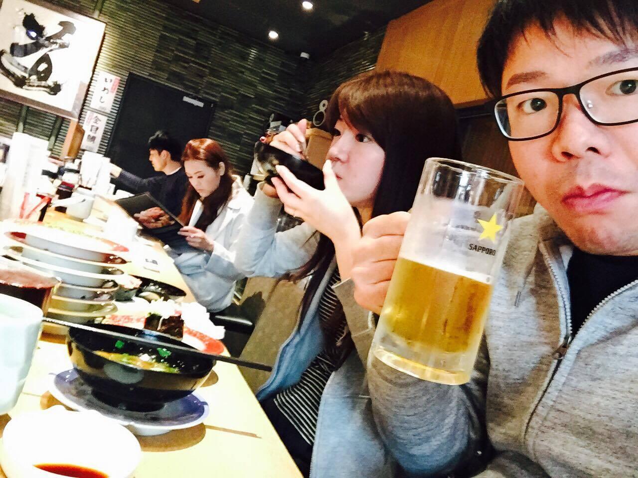 朝ビールって美味いんだよなー!